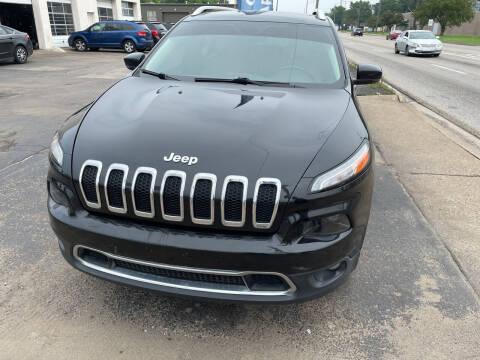 2015 Jeep Cherokee for sale at National Auto Sales Inc. - Hazel Park Lot in Hazel Park MI