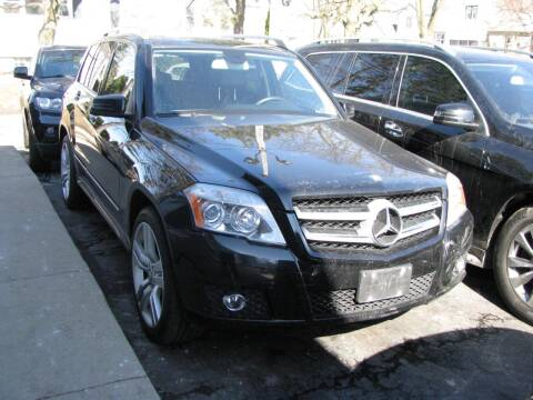 2012 Mercedes-Benz GLK for sale at CLASSIC MOTOR CARS in West Allis WI