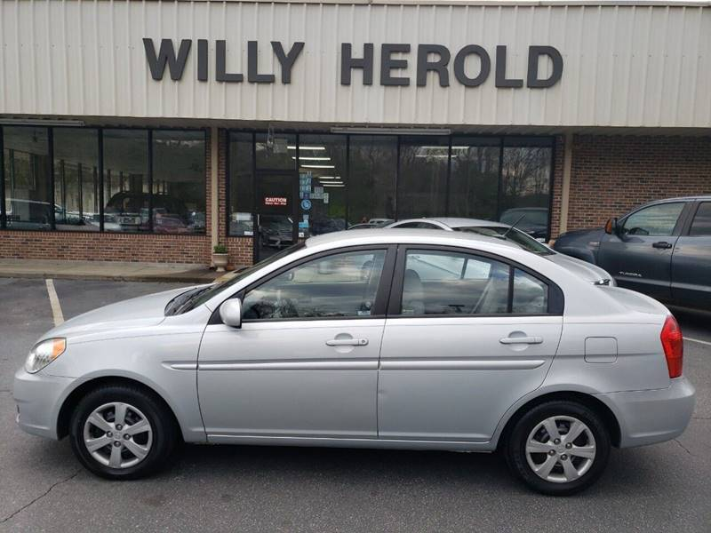 2010 Hyundai Accent for sale at Willy Herold Automotive in Columbus GA