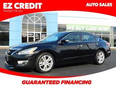 2013 Nissan Altima for sale at Pioneer Family preowned autos in Williamstown WV