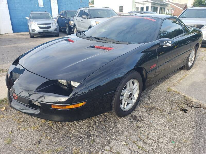 1994 Chevrolet Camaro for sale at M & C Auto Sales in Toledo OH