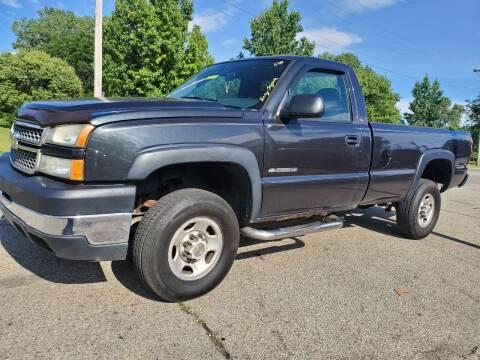 2005 Chevrolet Silverado 2500HD for sale at Superior Auto Sales in Miamisburg OH