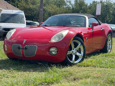 2006 Pontiac Solstice for sale at Texas Select Autos LLC in Mckinney TX
