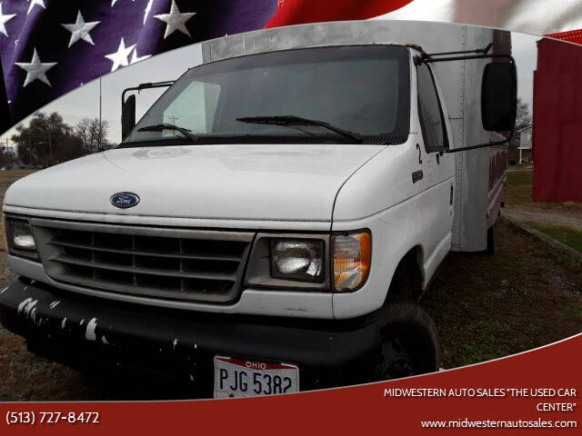 """1996 Ford E-Series Chassis for sale at MIDWESTERN AUTO SALES        """"The Used Car Center"""" in Middletown OH"""