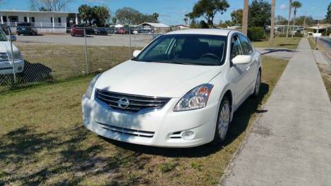2011 Nissan Altima for sale at GOLDEN GATE AUTOMOTIVE,LLC in Zephyrhills FL