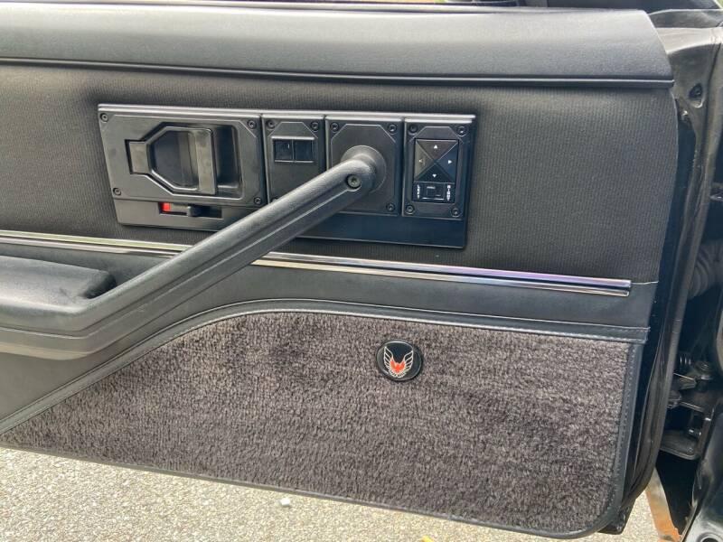 1982 Pontiac Firebird Trans Am 2dr Hatchback - Westford MA
