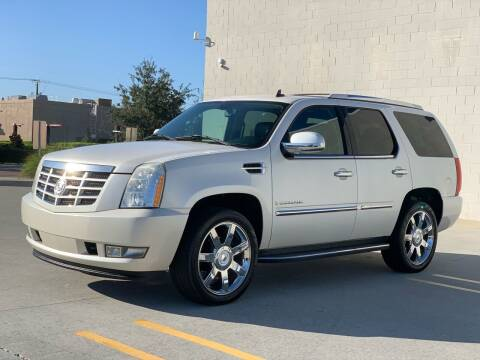 2007 Cadillac Escalade for sale at Santos Autos in Bradenton FL