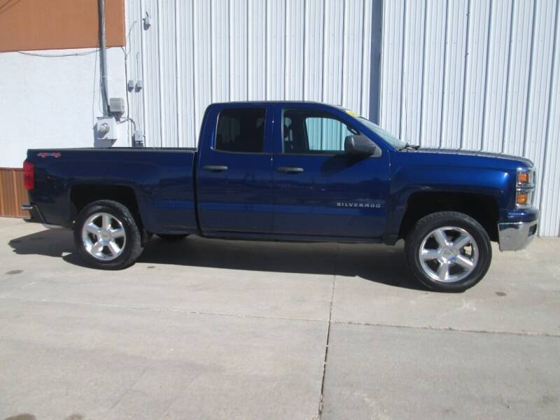 2014 Chevrolet Silverado 1500 for sale at Parkway Motors in Osage Beach MO