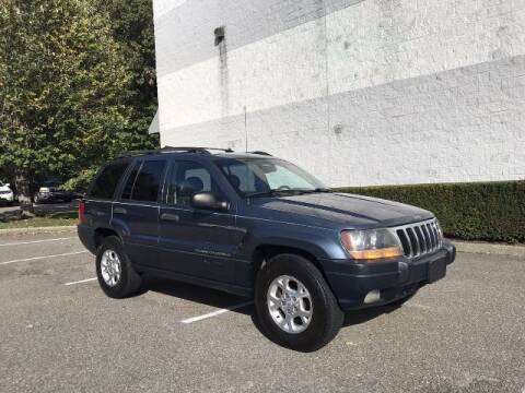 2001 Jeep Grand Cherokee for sale at Select Auto in Smithtown NY