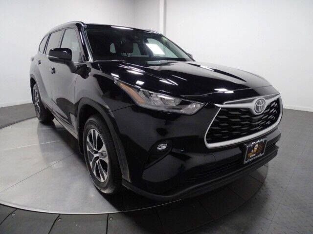 2021 Toyota Highlander for sale in Hillside, NJ