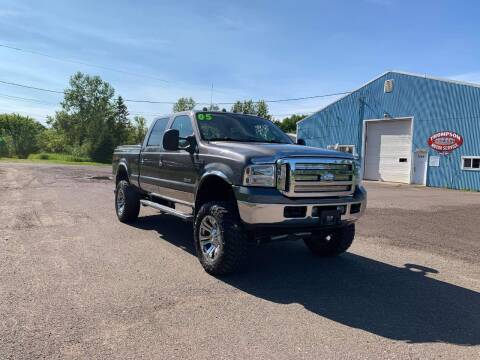 2005 Ford F-250 Super Duty for sale at WB Auto Sales LLC in Barnum MN