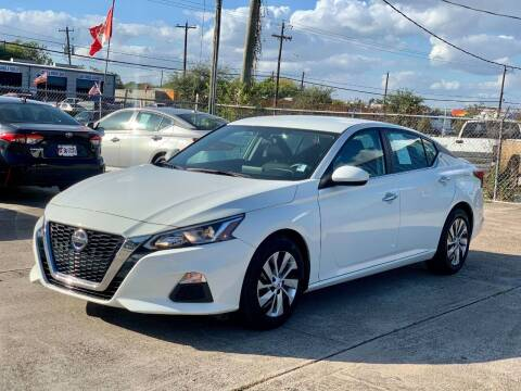2019 Nissan Altima for sale at USA Car Sales in Houston TX
