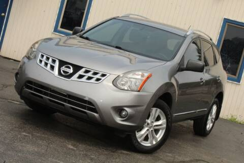 2015 Nissan Rogue Select for sale at Dynamics Auto Sale in Highland IN