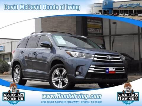 2017 Toyota Highlander for sale at DAVID McDAVID HONDA OF IRVING in Irving TX