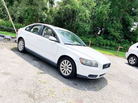 2005 Volvo S40 for sale at New Wave Auto of Vineland in Vineland NJ