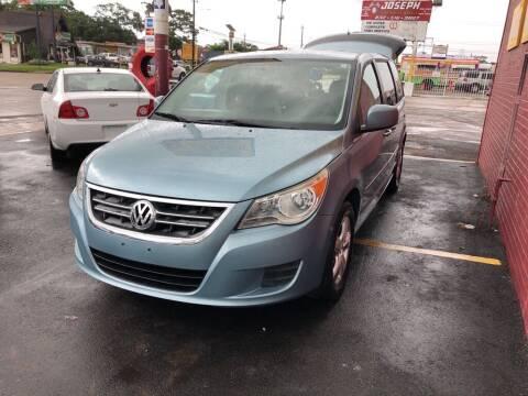 2010 Volkswagen Routan for sale at 4 Girls Auto Sales in Houston TX