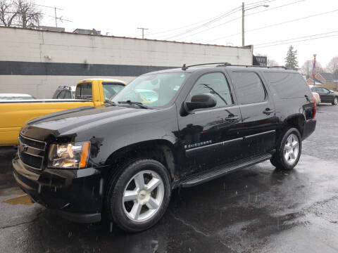 2008 Chevrolet Suburban for sale at Holiday Auto Sales in Grand Rapids MI