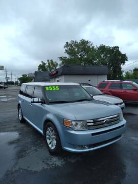 2009 Ford Flex for sale at D and D All American Financing in Warren MI