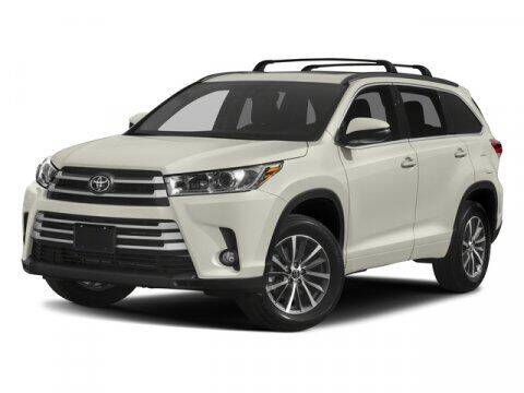 2017 Toyota Highlander for sale at TEJAS TOYOTA in Humble TX