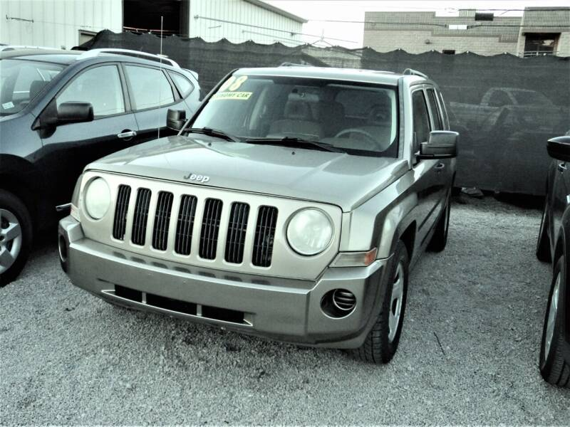 2008 Jeep Patriot for sale at DESERT AUTO TRADER in Las Vegas NV