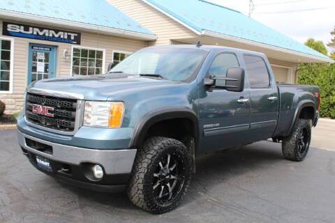 2011 GMC Sierra 2500HD for sale at Summit Motorcars in Wooster OH