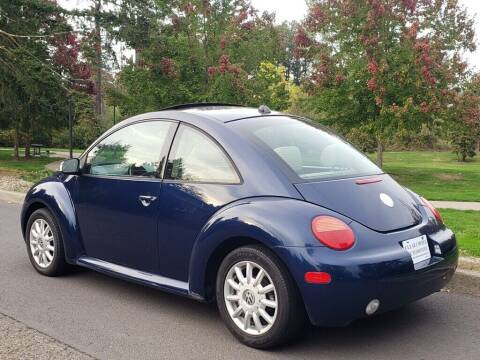 2005 Volkswagen New Beetle for sale at CLEAR CHOICE AUTOMOTIVE in Milwaukie OR