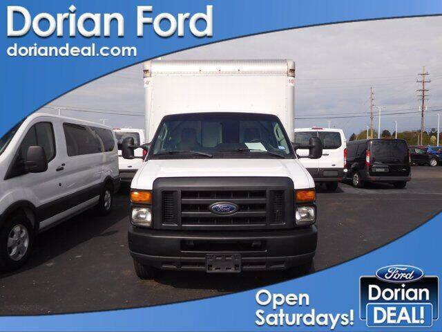 2017 Ford E-Series Chassis for sale in Clinton Township, MI