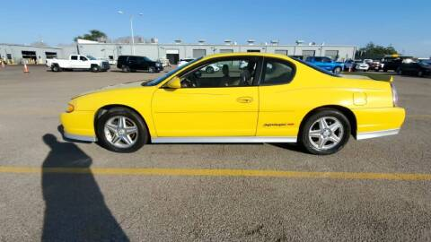 2004 Chevrolet Monte Carlo for sale at Buy Here Pay Here Lawton.com in Lawton OK