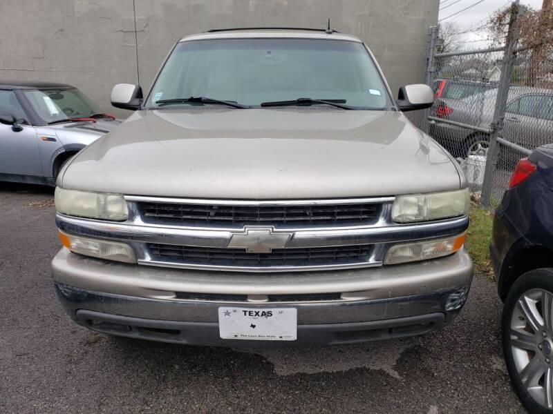 2003 Chevrolet Suburban for sale at Carzready in San Antonio TX
