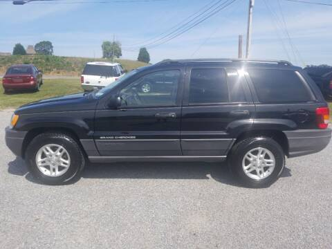 2004 Jeep Grand Cherokee for sale at CAR-MART AUTO SALES in Maryville TN