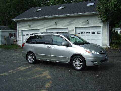 2006 Toyota Sienna for sale at DUVAL AUTO SALES in Turner ME