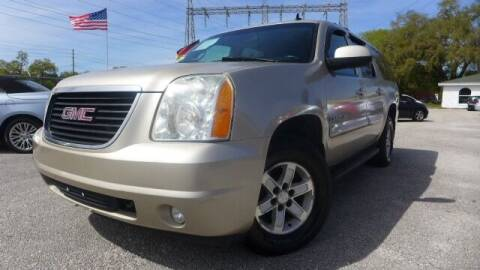 2007 GMC Yukon XL for sale at Das Autohaus Quality Used Cars in Clearwater FL