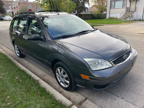 2005 Ford Focus for sale at RIVER AUTO SALES CORP in Maywood IL