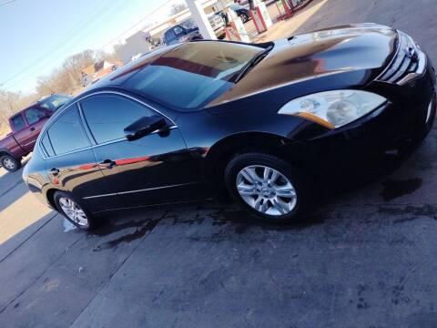 2012 Nissan Altima for sale at 4 B CAR CORNER in Anadarko OK