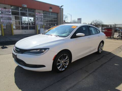 2015 Chrysler 200 for sale at RON'S AUTO SALES INC in Cicero IL