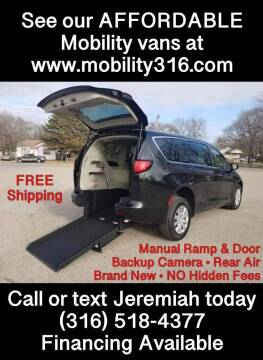 2021 Chrysler Voyager for sale at Affordable Mobility Solutions, LLC - Mobility/Wheelchair Accessible Inventory-Wichita in Wichita KS