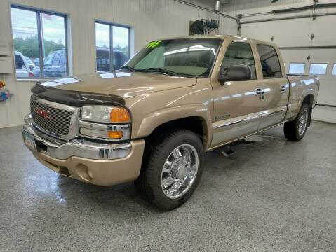 2004 GMC Sierra 2500 for sale at Sand's Auto Sales in Cambridge MN