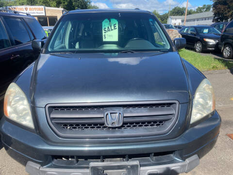 2003 Honda Pilot for sale at Whiting Motors in Plainville CT