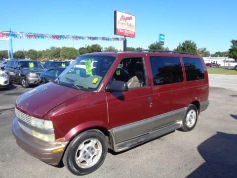 2005 Chevrolet Astro for sale at Aspen Auto Sales in Wayne MI