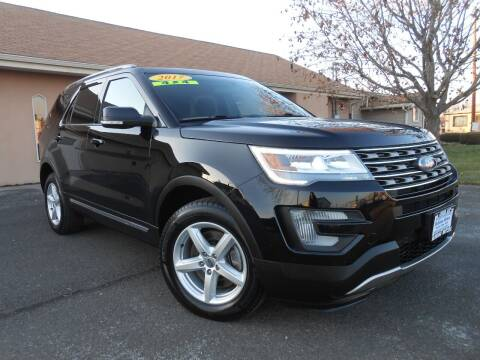 2017 Ford Explorer for sale at McKenna Motors in Union Gap WA