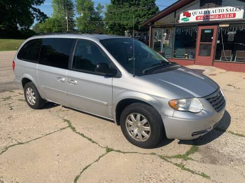 2006 Chrysler Town and Country for sale at NJ Quality Auto Sales LLC in Richmond IL