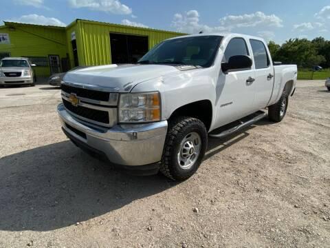 2013 Chevrolet Silverado 2500HD for sale at RODRIGUEZ MOTORS CO. in Houston TX