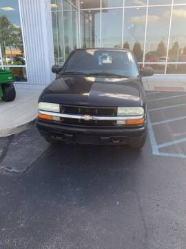 2004 Chevrolet S-10 for sale at COYLE GM - COYLE NISSAN - New Inventory in Clarksville IN