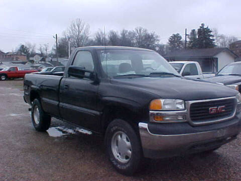 1999 GMC Sierra 1500 for sale at Bates Auto & Truck Center in Zanesville OH