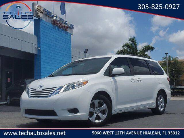 2017 Toyota Sienna for sale in Hialeah, FL