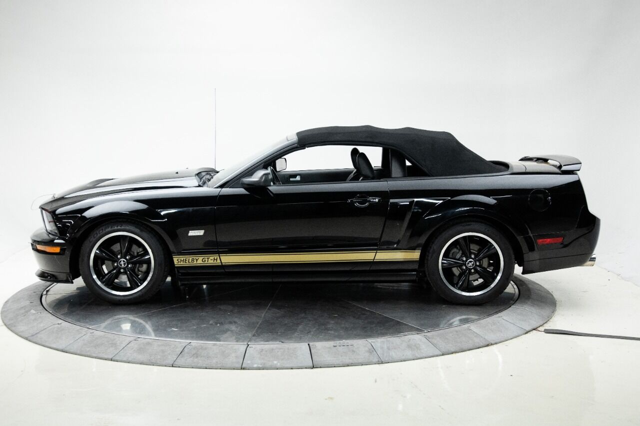 2007 Ford Mustang 4