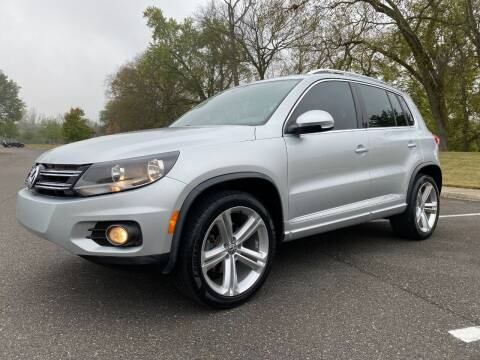 2016 Volkswagen Tiguan for sale at DABBS MIDSOUTH INTERNET in Clarksville TN
