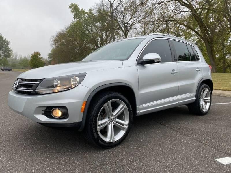 2016 Volkswagen Tiguan for sale at DABBS MIDSOUTH INTERNET in Clarksville TN