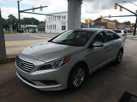 2015 Hyundai Sonata for sale at ROBINSON AUTO BROKERS in Dallas NC