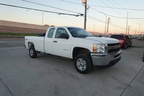 2013 Chevrolet Silverado 2500HD for sale at Universal Credit in Houston TX